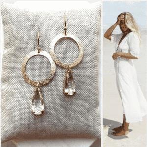 Vergulde oorhaakjes met brushed ringen en clear drops van Folie à Jolie